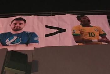 Torcida compara FalleN e Neymar (Foto: Clícia Oliveira)